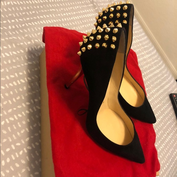 newest 1c22a 01757 Red bottom Christian Louboutin spike heels